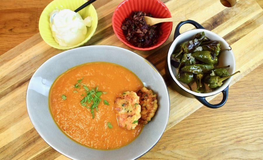 Frische Tomatensuppe (ofengeröstet, low carb)